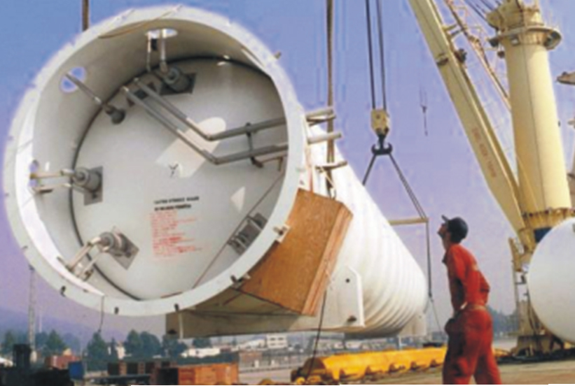 We ship containers (dry or reefers), break bulk, out of gauge or Roro cargo to African ports and beyond.